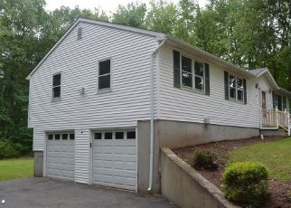 Foreclosed Home in Wallingford 06492 TEMPLETON RD - Property ID: 4506555497