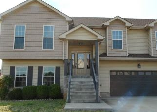 Foreclosed Home in Clarksville 37040 SUITER RD - Property ID: 4506598866