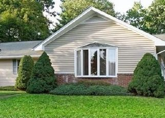 Foreclosed Home in Torrington 06790 LEXINGTON AVE - Property ID: 4506618116