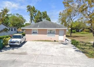 Foreclosed Home in Miami 33147 NW 65TH ST - Property ID: 4506636525