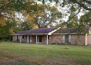 Foreclosed Home in Timpson 75975 STATE HIGHWAY 87 N - Property ID: 4506661937