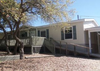 Foreclosed Home in Bandera 78003 PRIVATE ROAD 1508 - Property ID: 4506678567