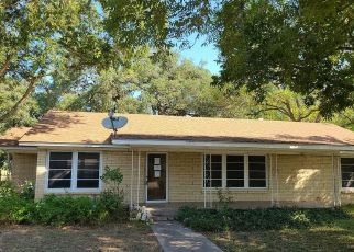 Foreclosed Home in Cuero 77954 NORTH ST - Property ID: 4506683832