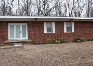 Foreclosed Home in Camden 38320 WHITE AVE - Property ID: 4506685132