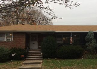 Foreclosed Home in South Hackensack 07606 LINCOLN ST - Property ID: 4506687322