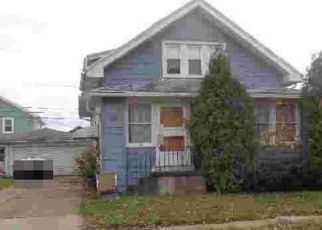 Foreclosed Home in Buffalo 14217 HOOVER AVE - Property ID: 4506733312