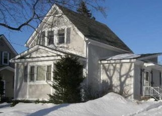 Foreclosed Home in Millinocket 04462 SOMERSET ST - Property ID: 4506789821