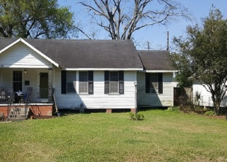 Foreclosed Home in Baton Rouge 70806 MOORE ST - Property ID: 4506797703