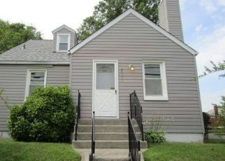 Foreclosed Home in Parkville 21234 E JOPPA RD - Property ID: 4506923396