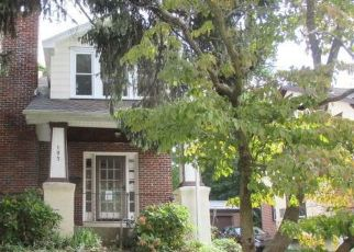 Foreclosed Home in Lansdowne 19050 WINDERMERE AVE - Property ID: 4506935664