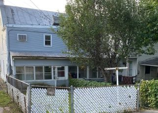 Foreclosed Home in Hagerstown 21740 S LOCUST ST - Property ID: 4506963247