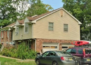 Foreclosed Home in Morristown 07960 CARLTON ST - Property ID: 4506997860