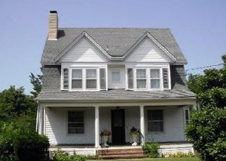 Foreclosed Home in Patchogue 11772 ROSE AVE - Property ID: 4507025445