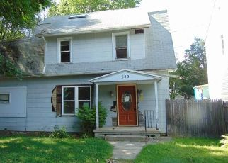 Foreclosed Home in Waterbury 06704 COLUMBIA BOULEVARD EXT - Property ID: 4507044269