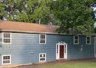 Foreclosed Home in Ansonia 06401 DEMPSEY RD - Property ID: 4507050854