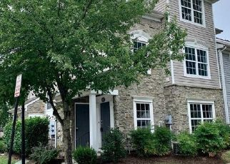Foreclosed Home in Ashburn 20147 PATCHING POND SQ - Property ID: 4507065746
