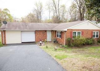 Foreclosed Home in Fredericksburg 22407 GLAZEBROOK DR - Property ID: 4507073628
