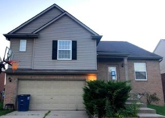 Foreclosed Home in Westland 48186 GOLFVIEW LN - Property ID: 4507162979