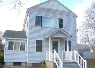 Foreclosed Home in Mastic Beach 11951 FLOWER RD - Property ID: 4507246175