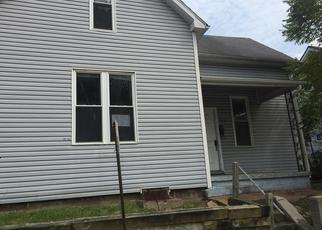 Foreclosed Home in Belleville 62220 N 6TH ST - Property ID: 4507280338