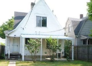 Foreclosed Home in Dayton 45410 GUNCKEL AVE - Property ID: 4507377577