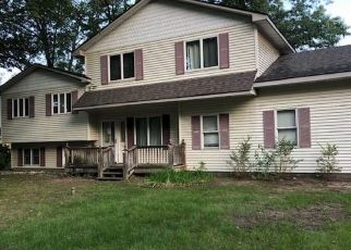 Foreclosed Home in Walled Lake 48390 CONNECTICUT ST - Property ID: 4507388527