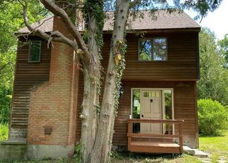 Foreclosed Home in Southbury 06488 HORSE FENCE HILL RD - Property ID: 4507423110