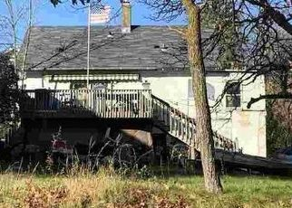 Foreclosed Home in Duluth 55806 VERNON ST - Property ID: 4507526935