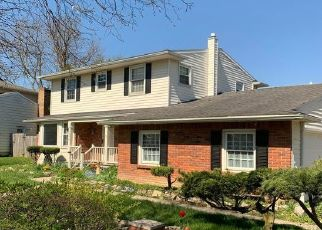 Foreclosed Home in Lansing 48917 PICKTON DR - Property ID: 4507552770