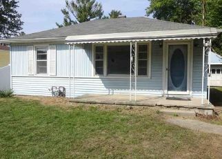 Foreclosed Home in Lambertville 48144 DEAN RD - Property ID: 4507559780
