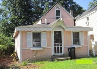 Foreclosed Home in South Hamilton 01982 ASBURY AVE - Property ID: 4507587361