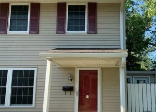 Foreclosed Home in Indianapolis 46268 CHRYSLER ST - Property ID: 4507589105