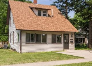 Foreclosed Home in Grinnell 50112 SPRING ST - Property ID: 4507686346