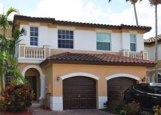 Foreclosed Home in Hollywood 33027 SW 50TH ST - Property ID: 4507732332