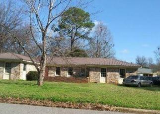Foreclosed Home in Tuscaloosa 35405 MANORA ESTATES DR - Property ID: 4507856723