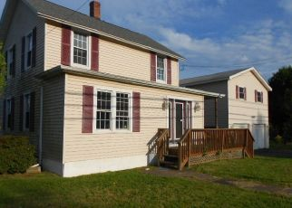 Foreclosed Home in Lake Ariel 18436 EASTON TPKE - Property ID: 4507903580