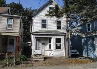 Foreclosed Home in Lynn 01902 AUTUMN ST - Property ID: 4507996432