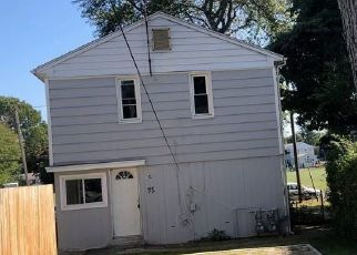 Foreclosed Home in Stratford 06614 MARSH WAY - Property ID: 4508039801
