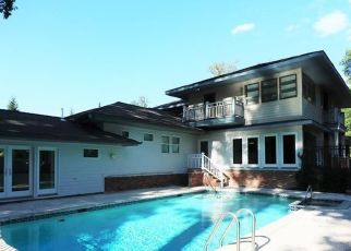 Foreclosed Home in Westport 06880 HIGH POINT RD - Property ID: 4508041994