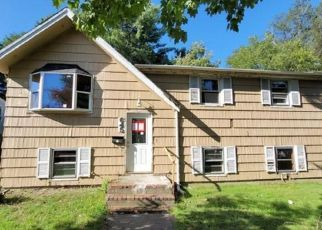 Foreclosed Home in Brockton 02301 W CHESTNUT ST - Property ID: 4508059498