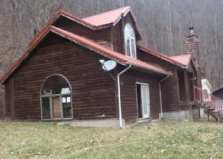 Foreclosed Home in Pippa Passes 41844 SHORT FORK RD - Property ID: 4508078775