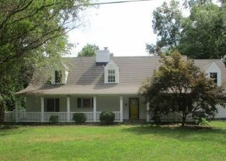 Foreclosed Home in Madison Heights 24572 TRENTS LANDING RD - Property ID: 4508116886