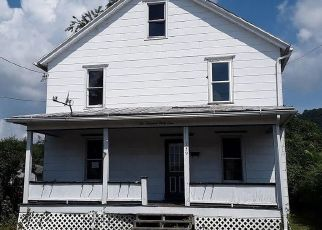 Foreclosed Home in Berwick 18603 MARY ST - Property ID: 4508124318