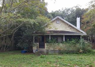 Foreclosed Home in Deland 32724 E CHURCH ST - Property ID: 4508140524
