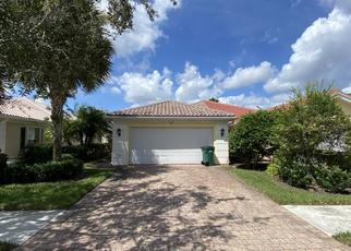 Foreclosed Home in Naples 34114 UMBERTO CT - Property ID: 4508145341
