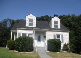 Foreclosed Home in Danville 24540 N RALEIGH CT - Property ID: 4508198335