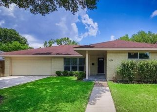 Foreclosed Home in Houston 77035 LUDINGTON DR - Property ID: 4508224164
