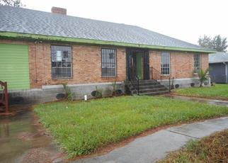 Foreclosed Home in New Orleans 70127 BURKE RD - Property ID: 4508274993