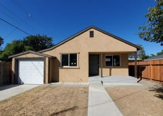Foreclosed Home in Sacramento 95820 36TH ST - Property ID: 4508513240