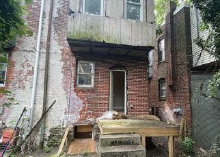Foreclosed Home in Philadelphia 19141 N 10TH ST - Property ID: 4508682749